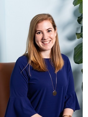Alexandra Geelan works as a commercial lawyer at LawSquared
